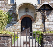 Medeltida Little kyrka Arkivfoto