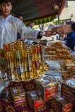 Medeltida marknadsfestival i den spanska byn Calonge Arkivbild
