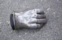 Medeltida metallhandske Arkivfoto