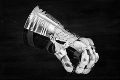 Medeltida metallhandske, detalj av delen av forntida harnesk Royaltyfri Fotografi