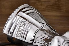 Medeltida metallhandske, detalj av delen av forntida harnesk Fotografering för Bildbyråer