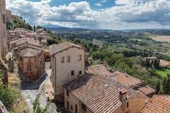 Medeltida och renässansstad Montepulciano, Tuscany arkivbild