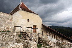 medeltida rasnovtown Fotografering för Bildbyråer