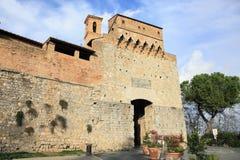 Medeltida San Gimignano slottport Arkivfoto