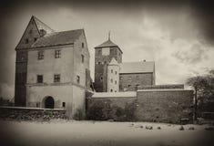 medeltida sepia för slott arkivbilder