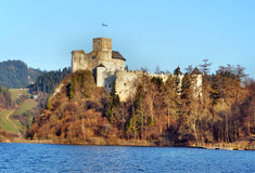 Medeltida slott i Niedzica, Polen royaltyfri bild