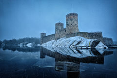 Medeltida slott Olavinlinna Arkivfoton