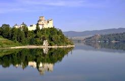 Medeltida slott Zamek Niedzica, Polen royaltyfri bild