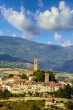 Medeltida stad i tuscany (Italien) royaltyfri bild