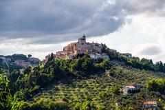 Medeltida stad Loreto Aprutino, Abruzzo, Italien Arkivbild