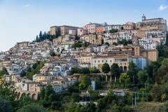 Medeltida stad Loreto Aprutino, Abruzzo, Italien Arkivfoto