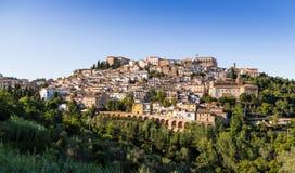 Medeltida stad Loreto Aprutino, Abruzzo, Italien Royaltyfria Bilder