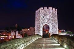 Medeltida stad med bron Besalu Spanien Royaltyfri Bild