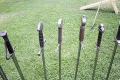 medeltida svärd Royaltyfri Fotografi