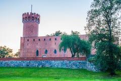 Medeltida Teutonic slott i Swiecie på natten Royaltyfri Fotografi