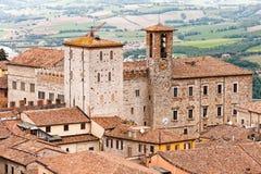 Medeltida Todi i Umbria, Italien royaltyfri bild