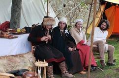 medeltida tonåringar Royaltyfri Bild