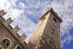 medeltida torn för klocka Arkivfoto