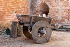 medeltida trä för vagn royaltyfria foton
