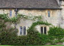 medeltida trädgårds- säteri för engelska Royaltyfri Foto
