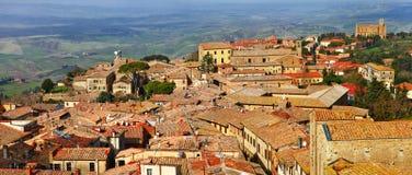 Medeltida Volterra. Italien Arkivfoto
