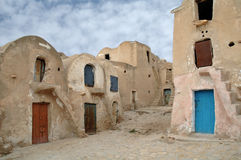 Medenine (Tunisie) : Ksour traditionnel (grenier enrichi par Berber) Image stock