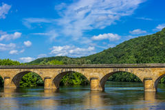 Medevial bridge over the dordogne river Stock Photography