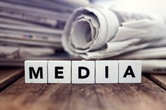 MEDIA και τίτλοι εφημερίδων Στοκ φωτογραφία με δικαίωμα ελεύθερης χρήσης
