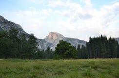 Media bóveda de Yosemite Foto de archivo libre de regalías