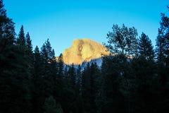 Media bóveda en la puesta del sol Fotos de archivo libres de regalías