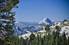 Media bóveda, Yosemite Imagen de archivo libre de regalías