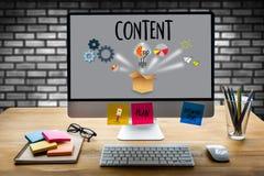 Media Blogging de données SATISFAITES de CONCEPT, journalisme N quotidien global photo stock