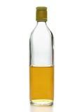 Media botella de whisky imagen de archivo