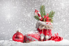 Media de la Navidad en nieve Foto de archivo libre de regalías