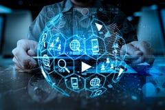 Media di vendita di Digital (annuncio del sito Web, email, rete sociale, SEO, immagine stock