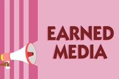 Media gagné par texte d'écriture de Word Concept d'affaires pour la publicité gagnée par des efforts promotionnels par loudspea d image libre de droits