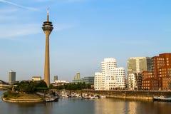 Media Haven in Dusseldorf, Duitsland stock afbeeldingen