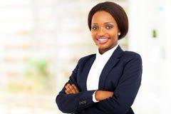 Media longitud de la empresaria africana imágenes de archivo libres de regalías