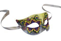 Media máscara del carnaval veneciano multicolor con la cinta aislada en el fondo blanco imágenes de archivo libres de regalías
