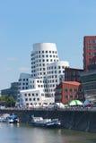Media portuarios (Medienhafen) en Düsseldorf Imagen de archivo