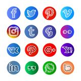 Media social icône et boutons de croquis et de sphare Image libre de droits