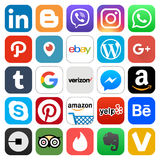 Media social populaire différent et d'autres icônes Photos libres de droits