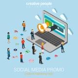 Media sociali che commercializzano web piano 3d di promozione online isometrico Fotografie Stock