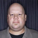 Mediados de hombre calvo adulto. fotografía de archivo