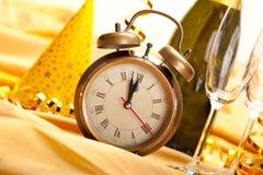 Medianoche - cara y decoraciones de reloj Imágenes de archivo libres de regalías