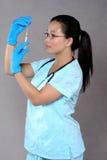 Medicación del gráfico de la enfermera Imagen de archivo libre de regalías