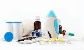 Medicaciones aisladas en blanco Imágenes de archivo libres de regalías
