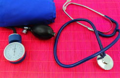 Medical sphygmomanometer, tensiometer, stethoscope Royalty Free Stock Photos