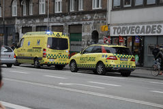 MEDICAL TEAM AND POLICE IN ACTION Royalty Free Stock Image