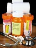 Medicamentações com etiquetas de advertência Imagem de Stock Royalty Free